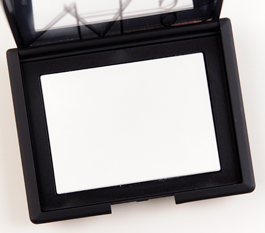 NARS Translucent Crystal Light Reflecting Pressed Setting Powder