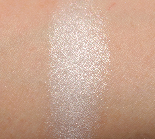 Benefit Milk It Longwear Powder Eyeshadow