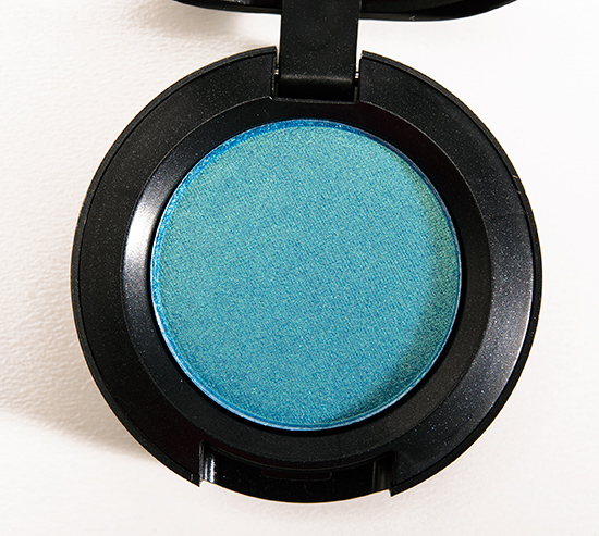 MAC Parrot Eyeshadow