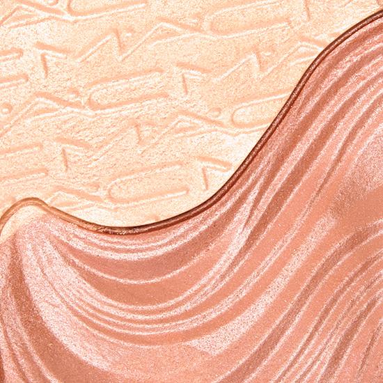 MAC Shape the Future Extra Dimension Skinfinish
