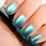 Chanel Azure (657) Le Vernis Nail Colour