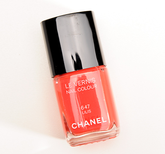 Chanel Lilis (647) Le Vernis Nail Colour