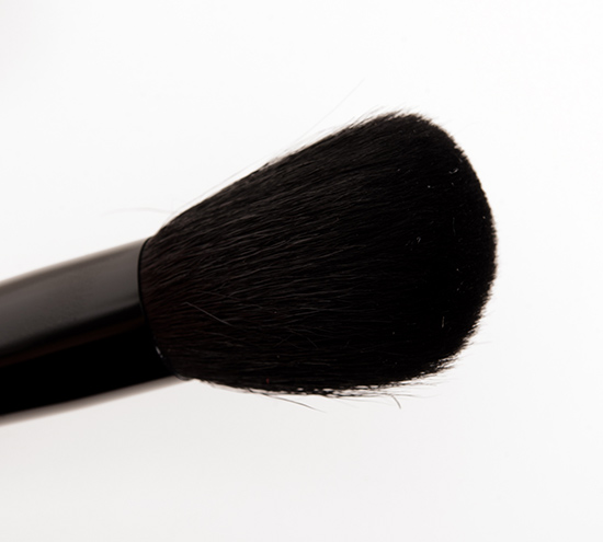 MAC 167SE Face Blender Brush