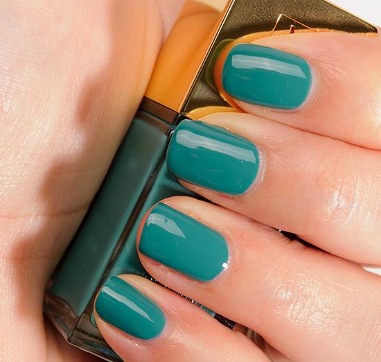 YSL Vert d\'Orient (36) La Laque Couture Nail Lacquer Review, Photos ...
