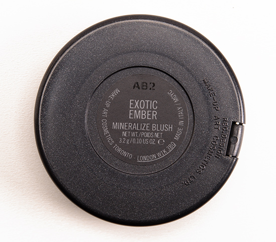 MAC Exotic Ember Mineralize Blush
