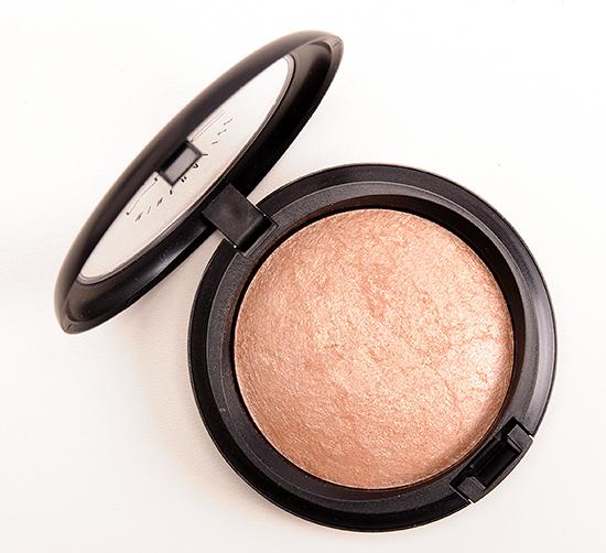 MAC Soft & Gentle Mineralize Skinfinish
