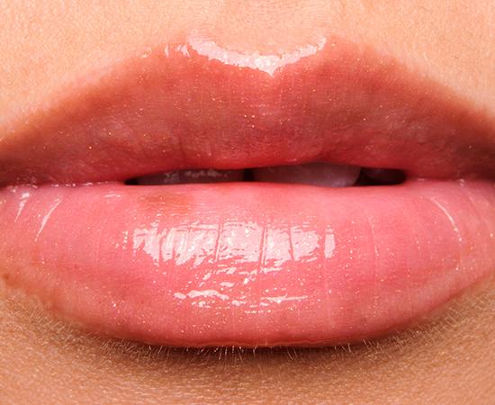 Revlon Pango Peach Super Lustrous Lipgloss