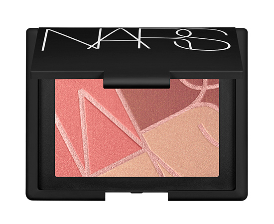 afefed210d1 Sculpt! Makeup artists know that using multiple shades of blush lends depth  and dimension to the face. Now
