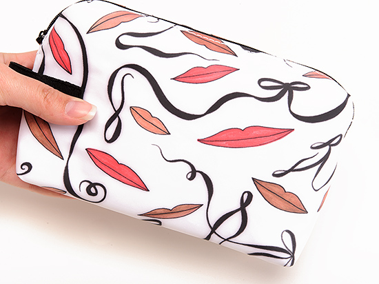 MAC Illustrated Nude Lip Bag