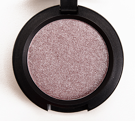 MAC Moth Pressed Pigment
