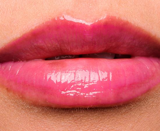 Revlon Fuchsia Finery Super Lustrous Lipgloss