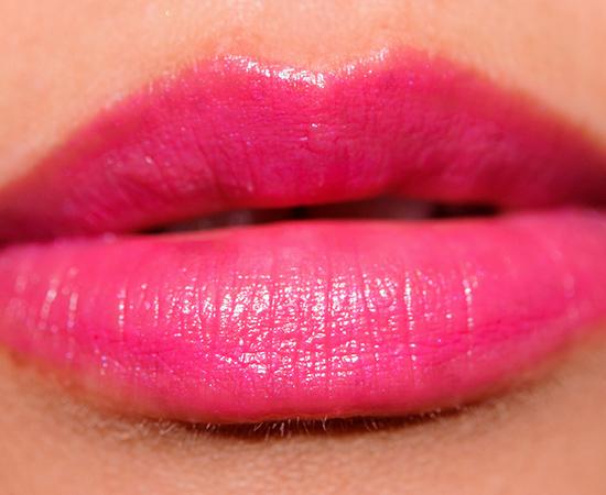 Revlon Fuchsia Shock Super Lustrous Lipstick