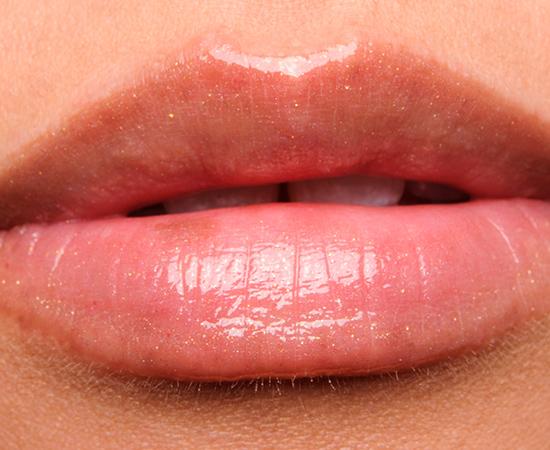 Revlon Snow Pink Super Lustrous Lipgloss