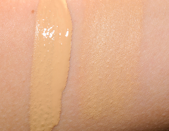 Naked Skin: Weightless Liquid Foundation by Urban Decay #21