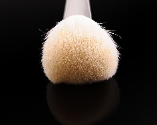 Hakuhodo J104 Powder Brush Round