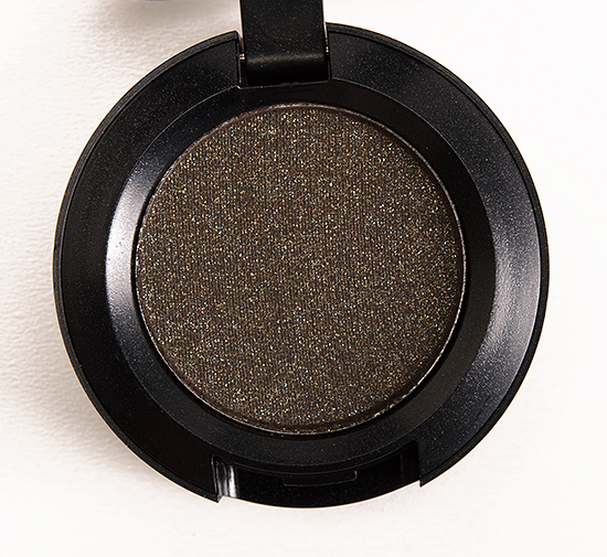 MAC Beluga Eyeshadow