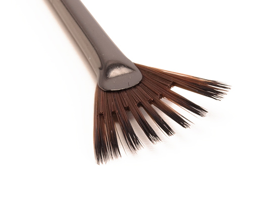 Make Up For Ever #402 Artistic Fan Brush