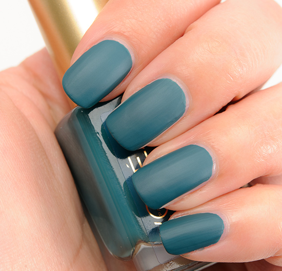 L'Oreal Matte-r of Fact Nail Lacquer