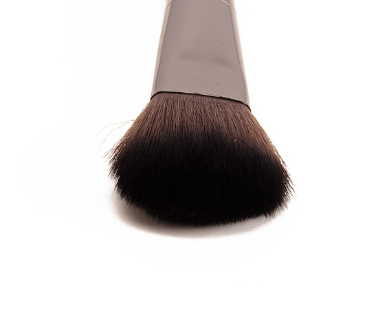 Make Up For Ever #156 Flat Round Blush Brush