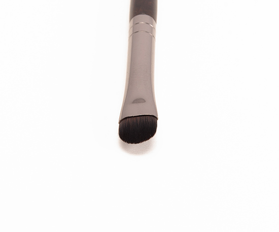 Make Up For Ever #220 Small Shader Brush