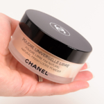 Chanel Moon Light Poudre Universelle Libre Natural Finish Loose Powder