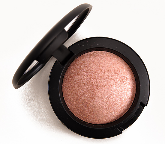 MAC Talk of the Town Mineralize Blush