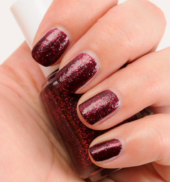 Essie Toggle to the Top Nail Lacquer