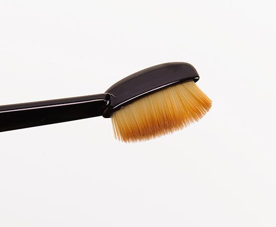 MAC Linear 1 Brush