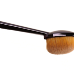 MAC Oval 3 Brush