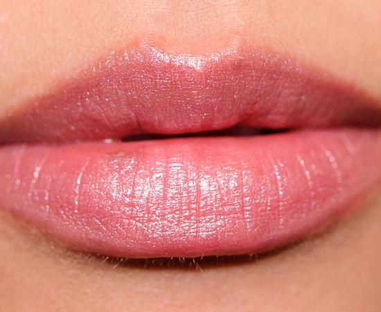 L'Oreal Ballerina Shoes (135) Colour Riche Lipstick