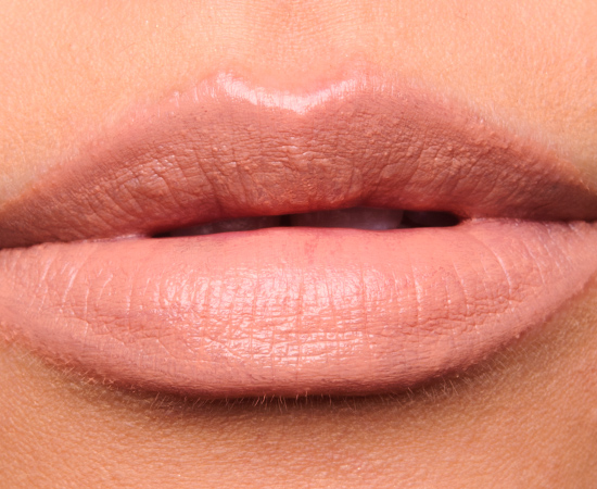 MAC Close Contact Lipstick