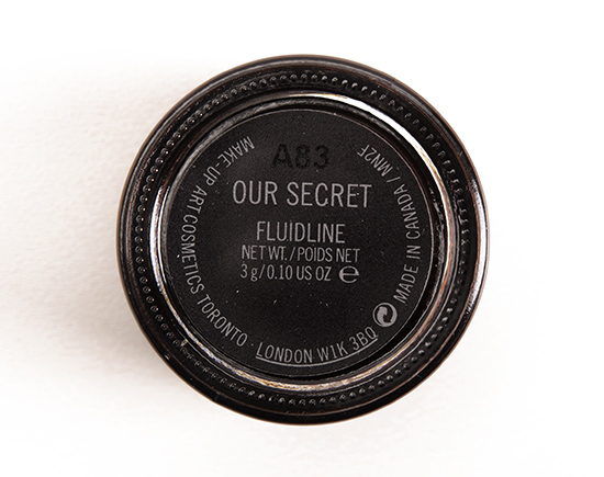 MAC Our Secret Fluidline