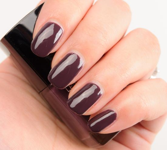 Charivari Chanel nail polish