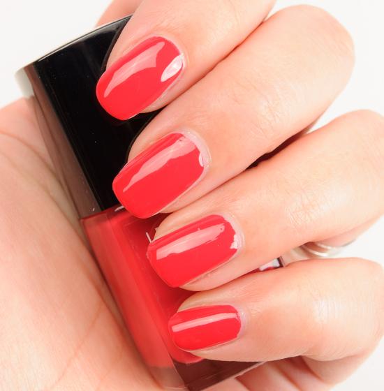 Chanel Tapage Nail Polish