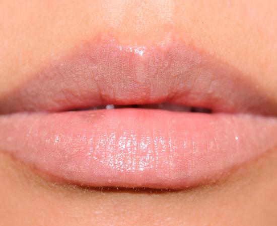 MAC Innocent Patentpolish Lip Pencil