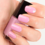 Chanel Sweet Lilac (615) Le Vernis Nail Colour