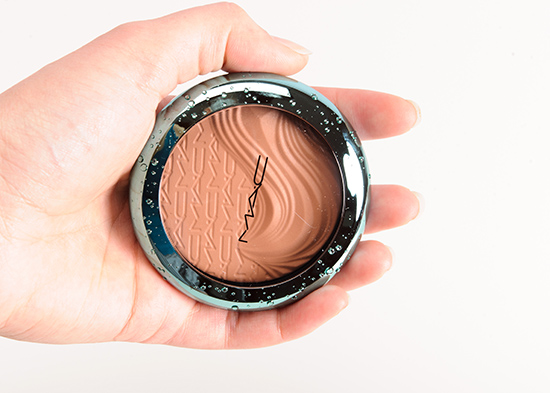 MAC Aphrodite's Shell Extra Dimension Bronzer