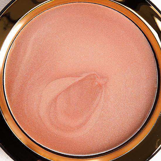 MAC Hush Cream Colour Base