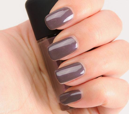 MAC Anti-Fashion Nail Lacquer