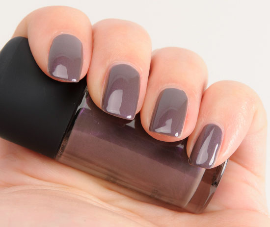 MAC Anti-Fashion Studio Nail Lacquer