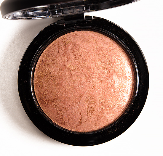 MAC Cheeky Bronze Mineralize Skinfinish