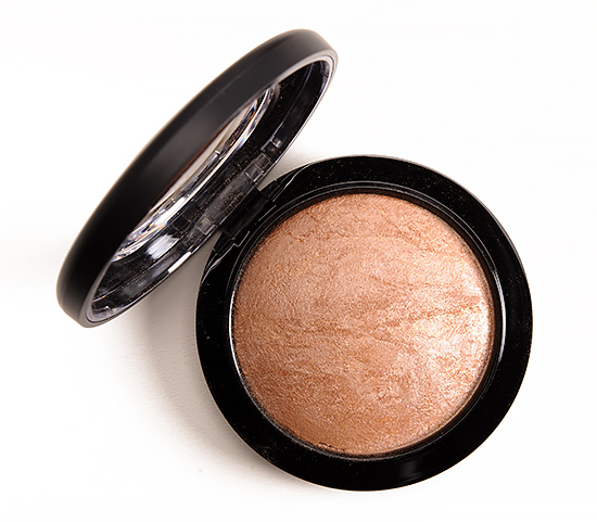 MAC Global Glow Mineralize Skinfinish