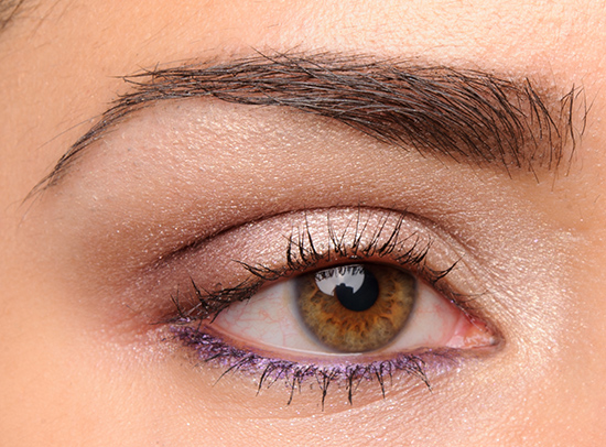 MAC Fabulous Three Veluxe Pearlfusion Eyeshadow