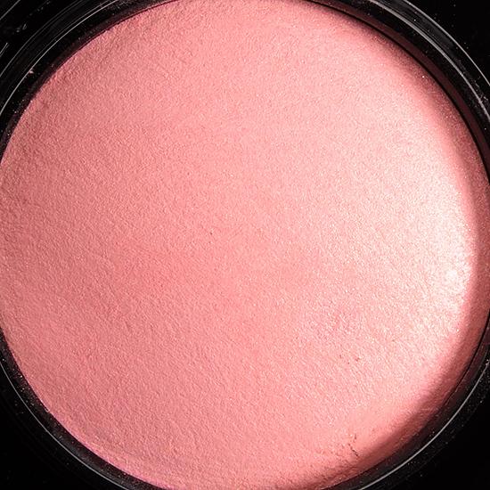 MAC Dainty Mineralize Blush