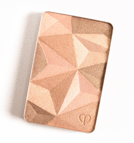 Cle de Peau Sand Beige (13) Luminizing Face Enhancer