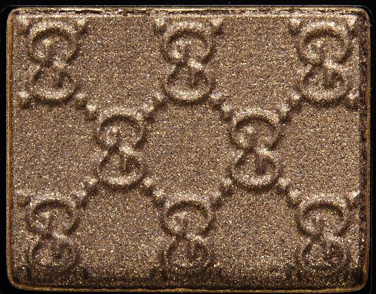 Gucci Beauty Fumé (Left) Magnetic Color Shadow