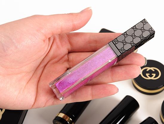 Gucci Potent Violet Vibrant Demi-Glaze Lip lacquer