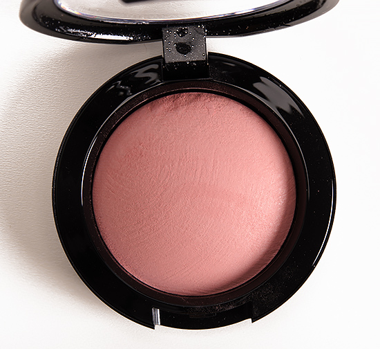 MAC Modest Blush Mineralize Blush