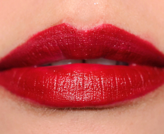 MAC Salon Rouge Lipstick