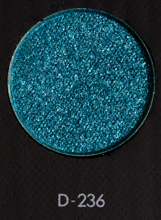 Make Up For Ever D236 Lagoon Blue Eyeshadow